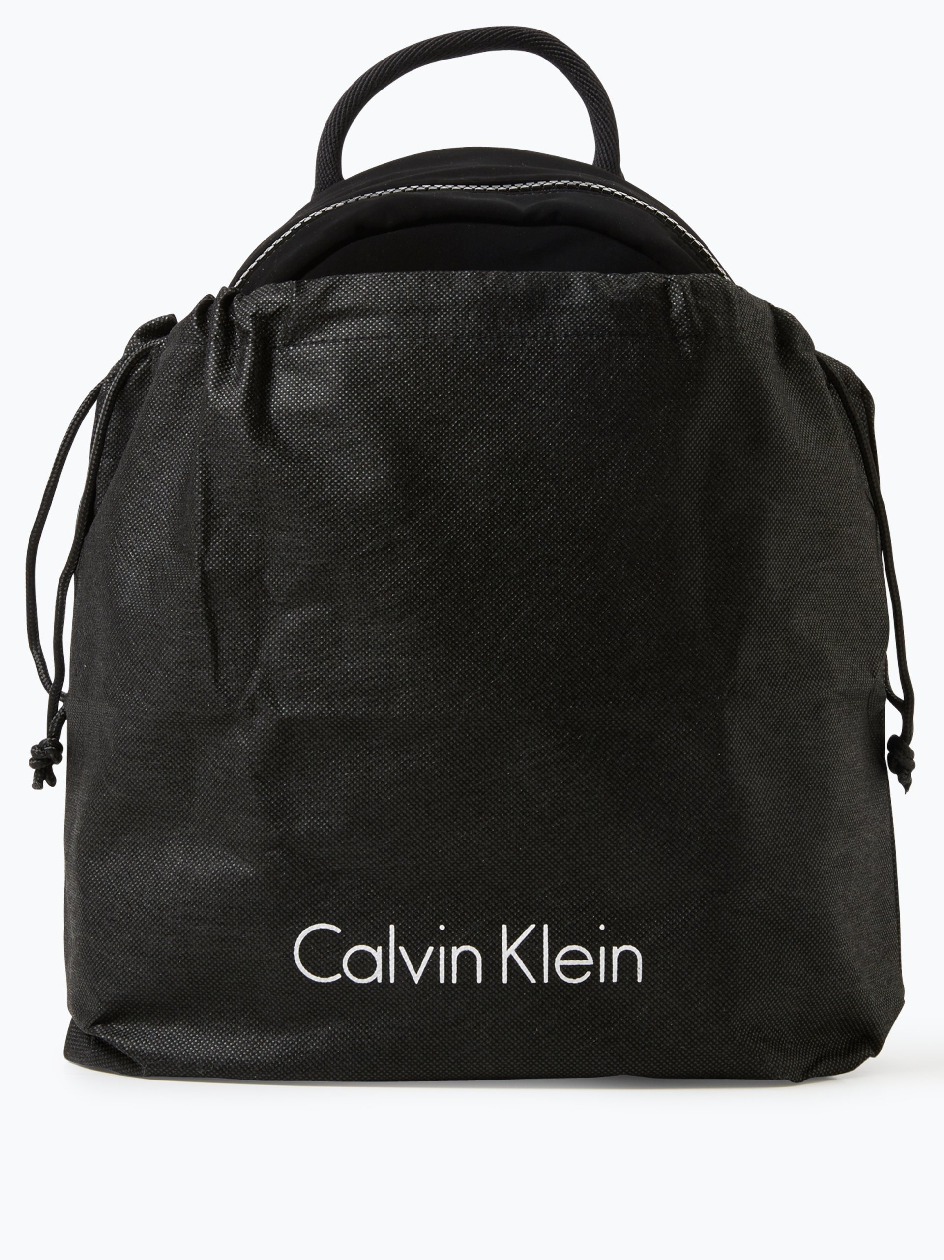 calvin klein damen rucksack susi 3 schwarz uni online kaufen vangraaf com. Black Bedroom Furniture Sets. Home Design Ideas